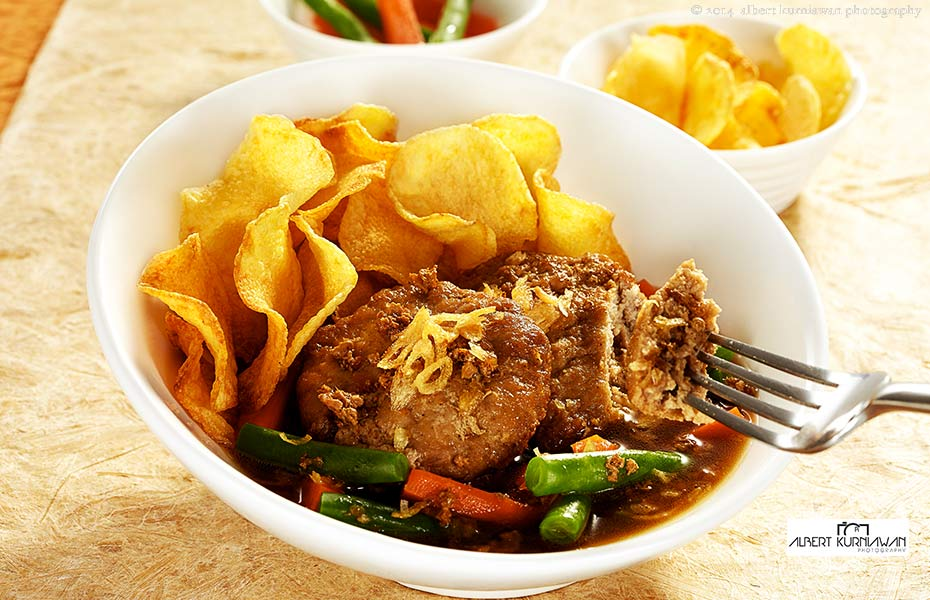steak-bola-daging-930x-600