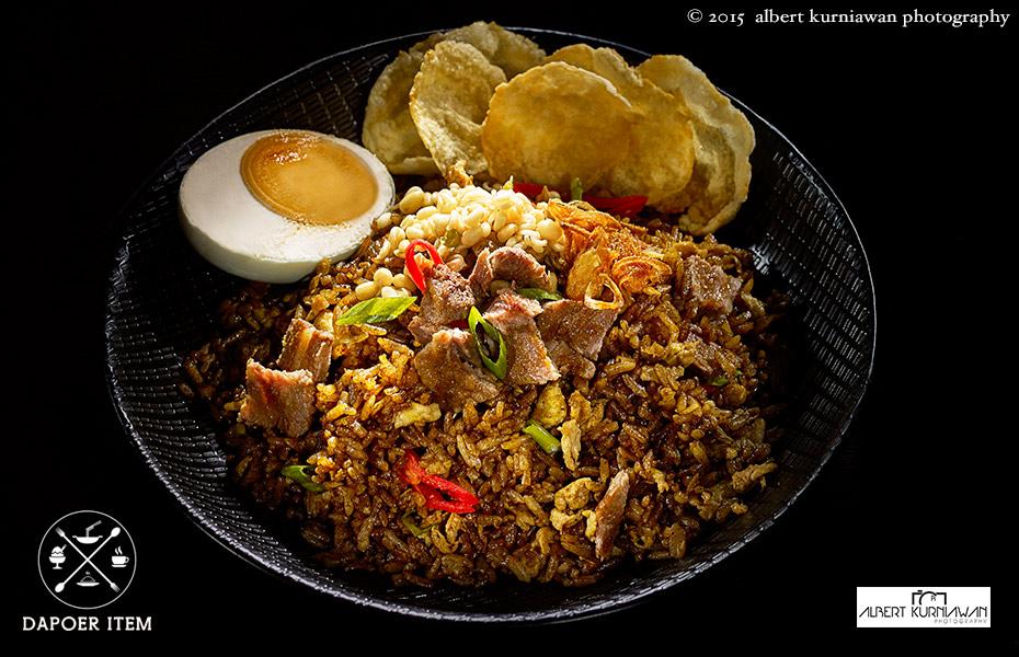 dapoer-item-nasi-goreng-rawon